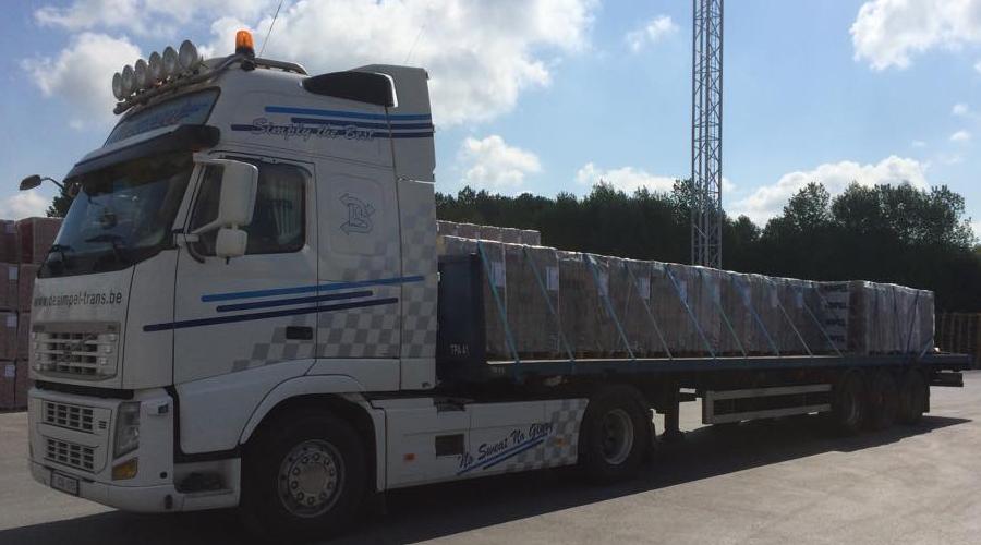 Transportbedrijf Desimpel trans Tractie vervoer in België en Nederland